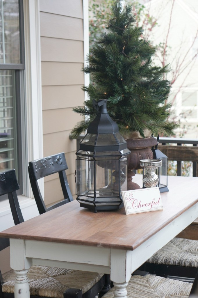 holiday home tour {our front porch}